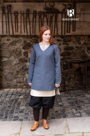 Frekja tunic for shielmaiden